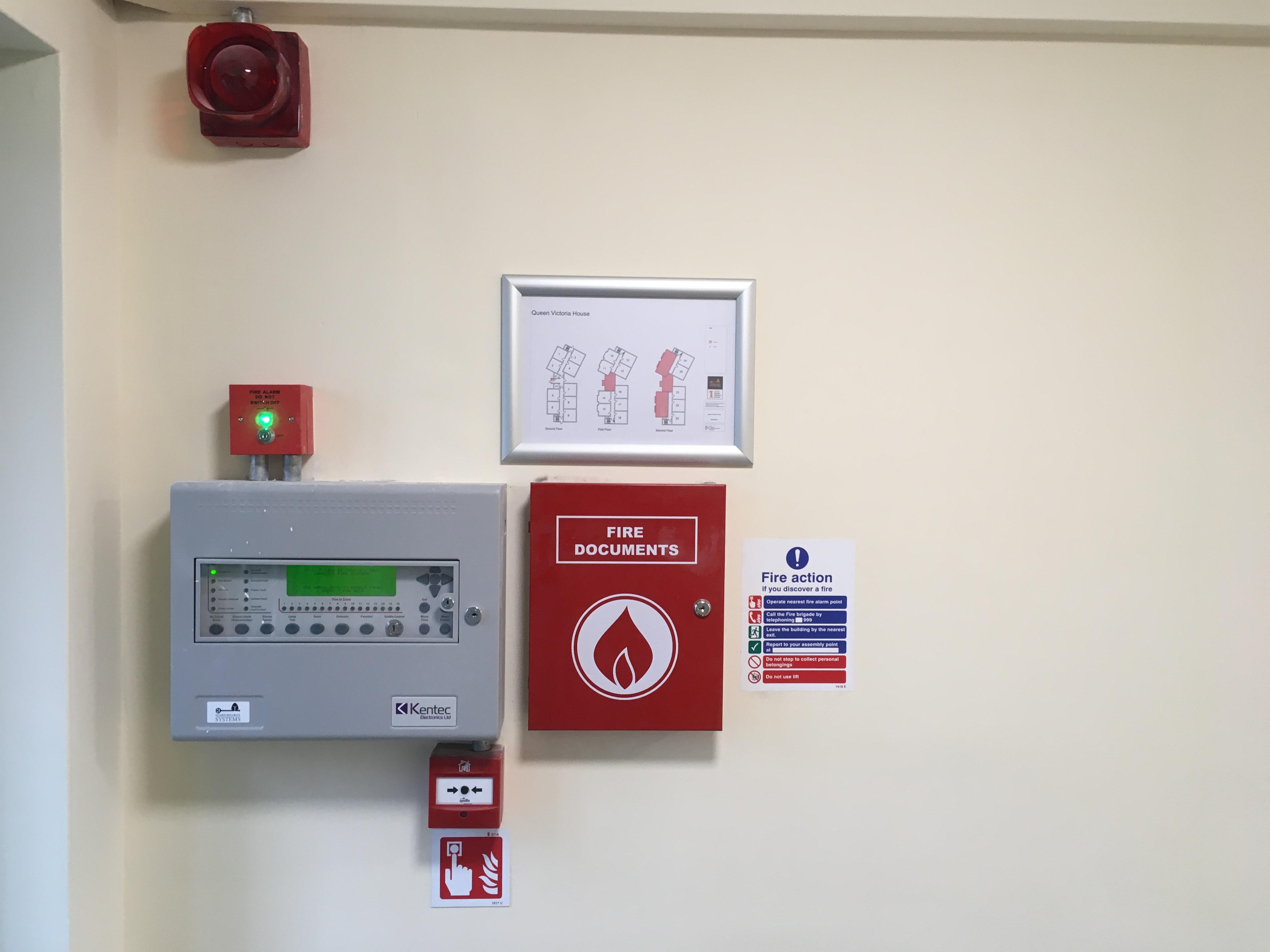 wokingham fire alarm